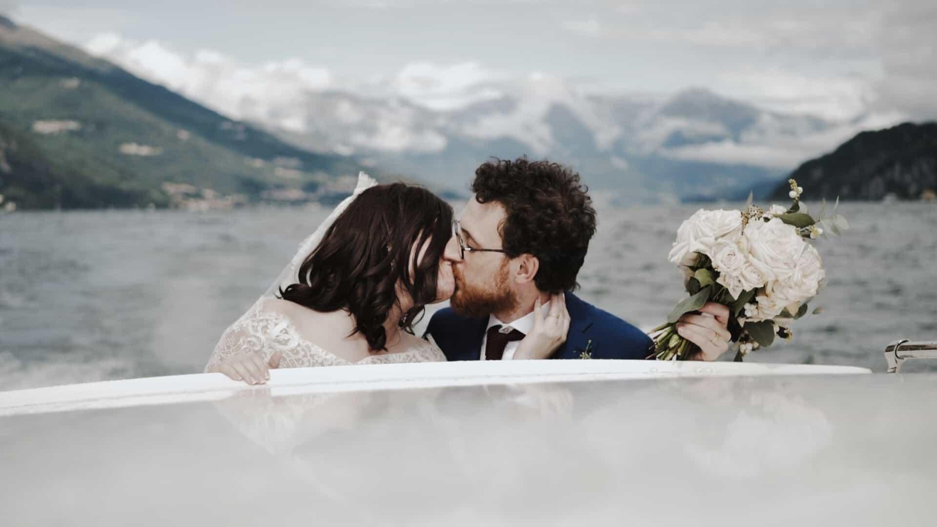 spettacolare escursione in motoscafo con gli sposi e il videomaker matrimonio sul Lago di Como